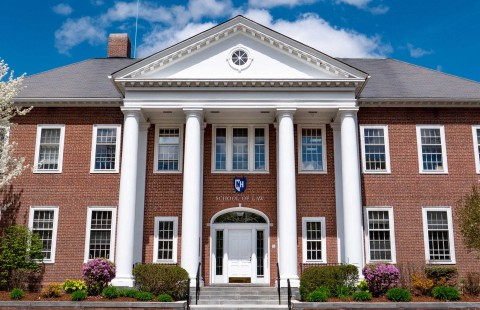 UNH School of Law Front of Building